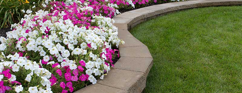 Feature-Photo-Mobile-stone-flowerbed
